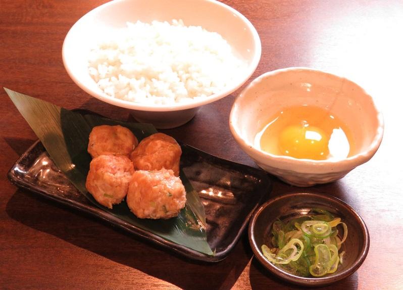 神田の居酒屋「とりいちず」で〆まで美味しいこだわりの水炊きを堪能!